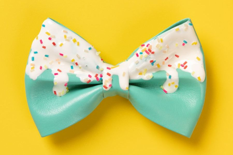 How to pitch story to a journalist - bowtie with sprinkles